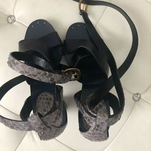Gucci Shoes - BWOB! Gucci metallic blue with crocodile heels 6.5